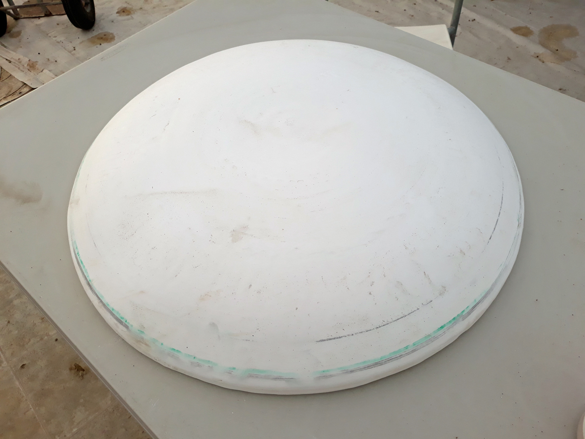 Large wide plate mold finished